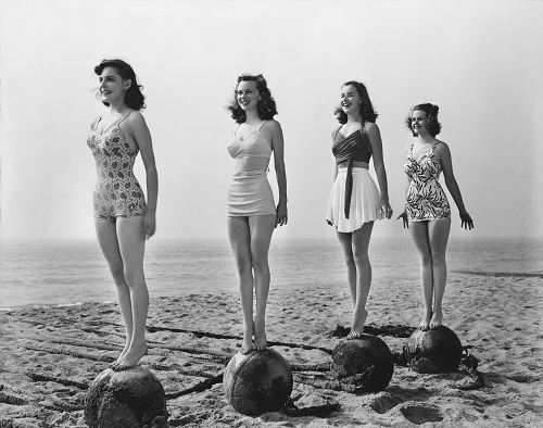 vintage photo of women standing with good posture